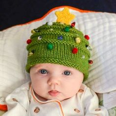Christmas baby hat knitting pattern. Try this free knitting pattern, it looks easy enough for beginner knitters!