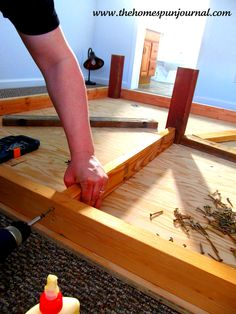King sized DIY platform bed... could turn this into a queen size project too, just what I need!