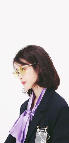 아이유 팔레트 티저 폰 배경화면 & 잠금화면 50장 (갤럭시 노트8, 노트9, S8, S9) Iu Short Hair, Iu Hair, Short Hair Styles, Myoui Mina, Iu Fashion, Korean Actresses, Pretty Wallpapers, Queen, Korean Celebrities