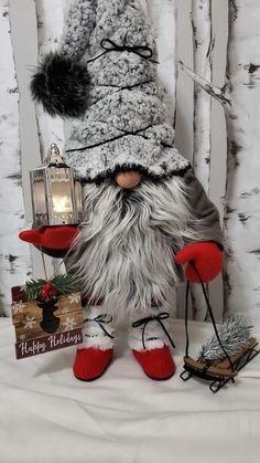 gnomes * gnomes & gnomes diy how to make & gnomes crafts & gnomes diy how to make from socks & gnomes diy & gnomes diy how to make pattern & gnomes garden & gnomes crafts free pattern Diy Christmas Ornaments, Diy Christmas Gifts, Christmas Projects, Holiday Crafts, Gnome Ornaments, Christmas Fun, Outdoor Christmas, Diy Crafts Instructions, Bricolage