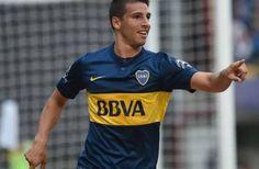 VIDEO: En Argentina se anota uno de los mejores goles del 2015  - Un golazo de antología ha anotado el delantero de 21 años Jonathan Calleri para el Boca Juniors de Argentina ante el Quilmes.  En el regreso de Ca...