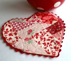 Be My Valentine Mug Rug ~ scrappy quilted heart, $3 instant digital download | by eamylove shop @ Etsy