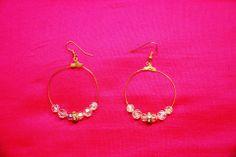 """Boucles d'oreille""""étincelle"""" : anneaux créoles perles anciennes verre irisé et rondelle métal et strass attaches sans nickel : Boucles d'oreille par lericheattirail"""