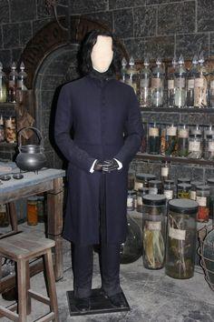 Costume Selection: Severus Snape by Skarkdahn