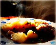 Quirky Cooking: Thermomix Gravy - with a nice marinade for lamb roast in the comments section Primal Recipes, Real Food Recipes, Cooking Recipes, Healthy Recipes, Cooking Sauces, Savoury Recipes, Roast Gravy, Bellini Recipe, Quirky Cooking