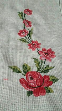 Tulip silhouette cross stitch pattern in pdf Cross Stitch Floss, Cross Stitch Bird, Cross Stitch Borders, Cross Stitch Embroidery, Embroidery Patterns, Hand Embroidery, Cross Stitch Patterns, Acrylic Painting Flowers, Crochet Tablecloth