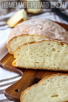 This homemade potato bread is light, fluffy and stays soft for several days. It's a foolproof bread recipe that contains no eggs, milk or butter. via # Baking bread Homemade Potato Bread - Happy Foods Tube Bread Machine Recipes, Bread Recipes, Cookie Recipes, Dessert Recipes, No Egg Bread Recipe, Bread Machine Potato Bread Recipe, Fluffy Bread Recipe, Baking Recipes, Cookies