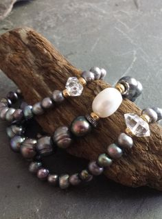 GORGEOUS Pearl Stretch Stack Bracelets Peacock Pearl by ViaLove