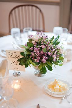#centerpiece  Photography: Anna Page Photography - annapagephotography.com Floral Design: freshdesign - freshdesignflowers.com  Read More: http://www.stylemepretty.com/2012/11/29/milwaukee-wedding-from-anna-page-photography-freshdesign/