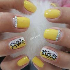 healthy living tips wellness programs for women Colorful Nail Designs, Gel Nail Designs, Toe Nail Art, Toe Nails, Watermelon Nails, Nail Envy, Yellow Nails, Classy Nails, Flower Nails