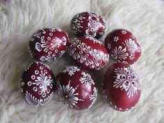 Egg Art, Egg Decorating, Gourds, Holiday Decor, Holiday Ideas, Easter Eggs, Christmas Bulbs, Spring, Painting