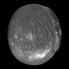 Ariel (1,156 km), a moon of Uranus