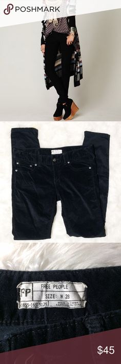 """Free People black velvet cords skinny pant size 28 Great used condition, only worn twice. Size 28, measurements are taken laying flat; waist- """"15"""", inseam-29"""", rise-8"""" Free People Pants Skinny"""
