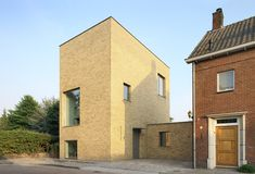 Built by Bedaux de Brouwer Architects in Tilburg, The Netherlands with date Images by Filip Dujardin. Thomas Bedaux of Bedaux de Brouwer Architecten designed this single family residence for his family on the edge of a . Building Exterior, Brick Building, Brick Architecture, Tower House, Scandinavian Design, House Styles, Decoration, Gallery, Inspiration