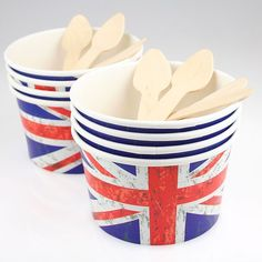 8 Union Jack Ice Cream Cups with Wooden T-Spoons Pipii Cream Cups, Ice Cream, British Party, British Decor, Britain's Got Talent, Jack Flag, Union Flags, Living In England, A Little Party