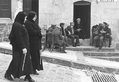La #Sicilia vista dagli artisti - Ferdinando #Scianna - #Villalba 1983  #typicalsicily