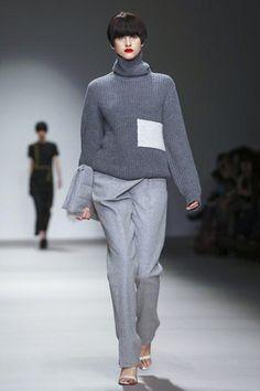 J. JS Lee Ready To Wear Fall Winter 2015 London - NOWFASHION