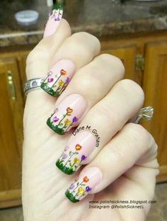 Very cute spring nails.