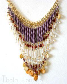 Cód: CN203    Colar em banho dourado com miçangas importadas, pedras de resina e cristais. R$ 38,00