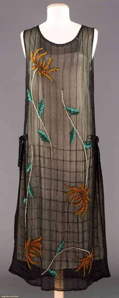 COLORFUL BEADED PARTY DRESS, c. 1922