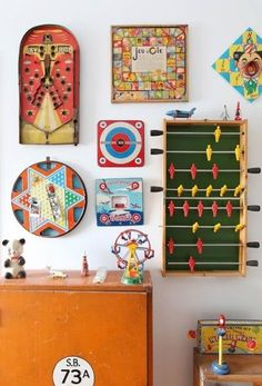 Vintage game boards as artwork on the walls!