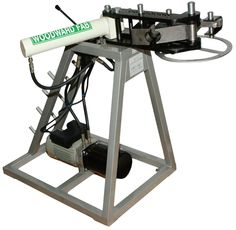 WOODWARD FAB HYDRAULIC PIPE AND TUBE BENDER