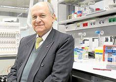El científico colombiano trabaja en el primer laboratorio de biología molecular en el Amazonas para combatir esta enfermedad Suit Jacket, Breast, Suits, Jackets, Fashion, Molecular Biology, Amazons, Down Jackets, Moda