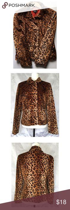 Faux fur leopard print blazer -Size L -faux fur leopard print blazer EUC -24in. long/chest 18in. across/sleeves 22in. long -faux furry covered button front -2 front pockets -orange lining inside M.D.L. New York Jackets & Coats Blazers