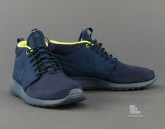 5a1272e3135c Nike Rosherun Mid (599501 447) - Caliroots.com Sportswear Store