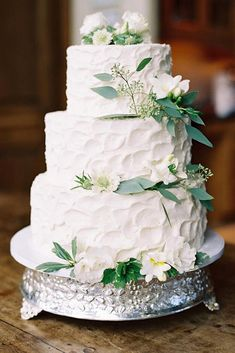 Simple Romantic Wedding Cakes ❤ See more: http://www.weddingforward.com/simple-romantic-wedding-cakes/ #weddingforward #bride #bridal #wedding