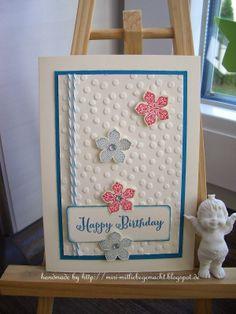 Geburtstagskarte mit Punktemeer und Petite Petals