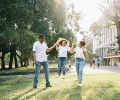 Her Çocuk Ayrı Bir Hayat - Çocuklar Büyürken Single Parenting, Parenting Advice, Parenting Teens, Family Life Insurance, Family Stock Photo, How To Do Makeup, Family Activities, Teaching Kids, Finance