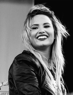 Find images and videos about beautiful, smile and demi lovato on We Heart It - the app to get lost in what you love. Demi Lovato, Divas, Girl Celebrities, Celebs, Her Smile, Guys And Girls, Celebrity Pictures, Role Models, Beautiful People
