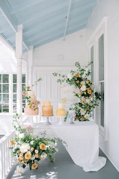 {Floral Design by Color Theory Collective Photo by Kate Zimmerman for The Scout Guide ATX peonies, g - Odelia Croshaw Blush Wedding Cakes, Wedding Cake Stands, Elegant Wedding Cakes, Green Wedding, Wedding Colors, Yellow Wedding Flowers, Spring Wedding, Peonies Garden, Garden Roses