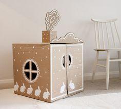 casa de carton 500x454 Manualidades con niños...Un casita de cartón