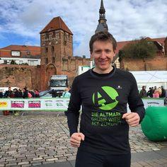 Halbmarathon beim Elbdeichmarathon in #Tangermünde geschafft! #elbe #Laufen #Altmark #altmarkmacher FESTIVAL #grünewiese mit Zukunft