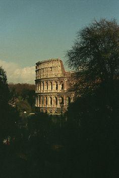 Roma Bella // Er Colosseo.