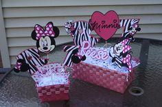 Minnie Mouse Mini Centerpiece.