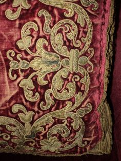 18th C Silk Velvet Stumpwork Embroidered Metallic от DibellaLuce
