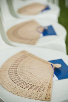 fans-at-rustic-wedding