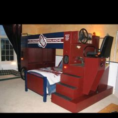 For your hockey fan!  A zamboni bed!