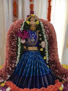 Cool Henna Designs, Diwali Wallpaper, Janmashtami Decoration, Half Saree Lehenga, Saree Tassels, Pooja Room Design, Diwali Craft, Puja Room, Goddess Lakshmi