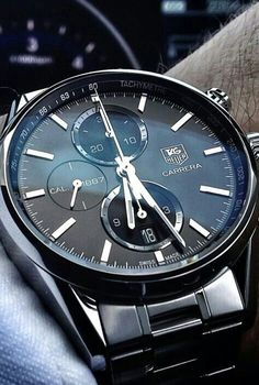 View all TAG Heuer watches for men and find all information about your favorite men's watch. TAG Heuer Swiss avant-garde since Dream Watches, Fine Watches, Luxury Watches, Cool Watches, Watches For Men, Men's Watches, Fashion Watches, Tag Heuer, Bracelet Cuir