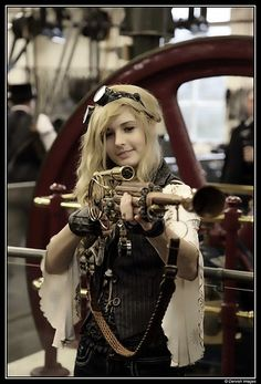 Steampunk- Loving the gun...
