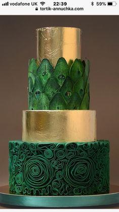 Blue instead of green. Or one blue, one maroon - Backideen - Gateau Unique Cakes, Elegant Cakes, Creative Cakes, Gorgeous Cakes, Pretty Cakes, Amazing Cakes, Fondant Cakes, Cupcake Cakes, Metallic Cake