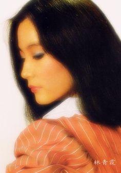 举手投足刹那间的美 Brigitte Lin