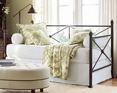 CLAIRMONT DAYBED WITH TRUNDLE