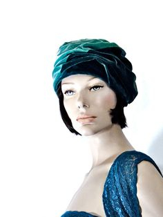 Ladies Vintage Hat 1930s / Draped Velvet Cloche by SueEllensFlair, $44.00