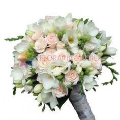 Buchetul este alcatuit din trandafirasi roz pal, frezii si accesorii.