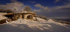 Live like a Hobbit + Woodland Home (21 Images) - Wave Avenue